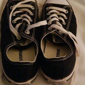 Converse Shoes - Cute pair of Chuck's 😍
